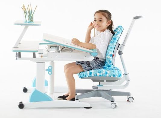 BEST STUDY TABLE FOR MY DAUGHTER CORRECT POSTURE